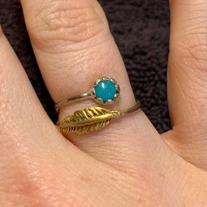 Jewelry - Turquoise & feather ring